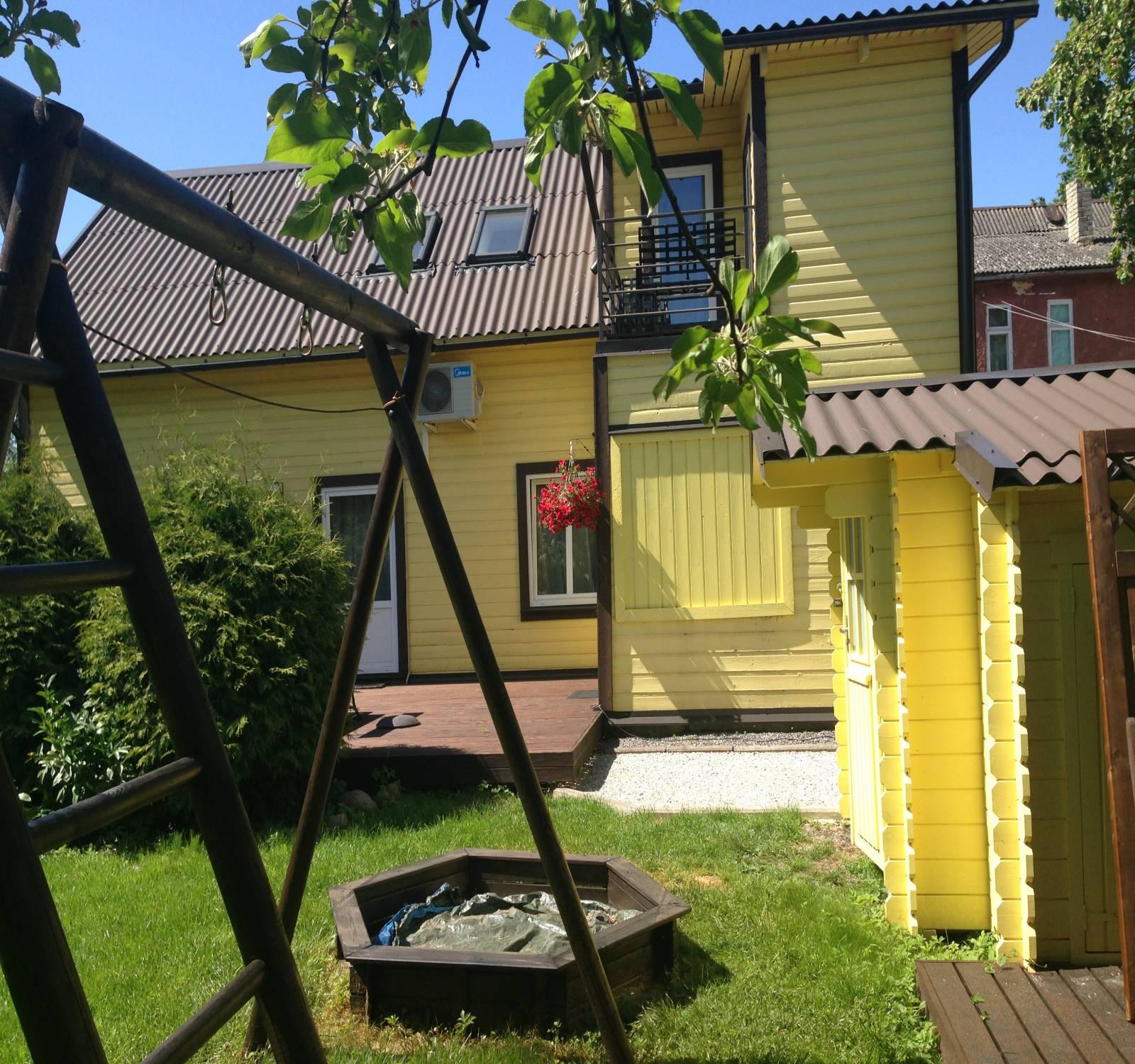 Karusselli 2A,Pärnu,Pärnu maakond,3 Tube Tube,Külalistemaja,Karusselli,1,1018